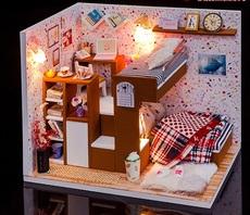 Комната с кабинетом