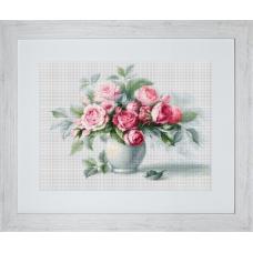 B2280 Этюд с чайными розами. Luca-S. Набор для вышивания нитками